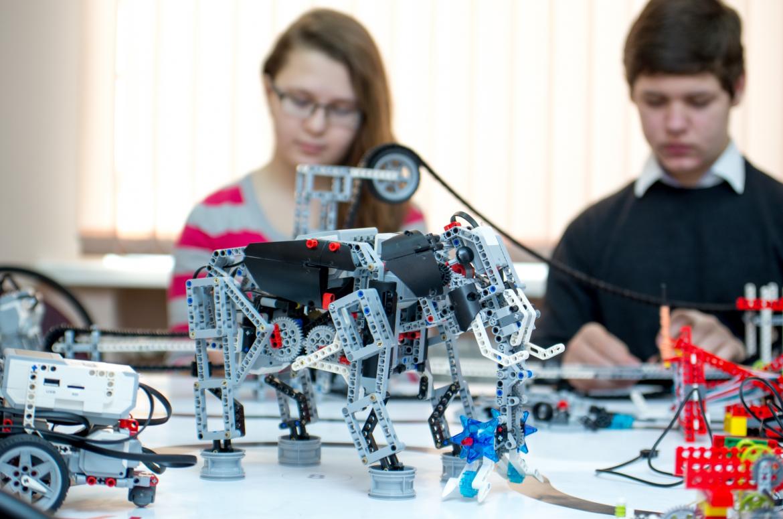 Олег Киселев: «Математические основы робототехники»