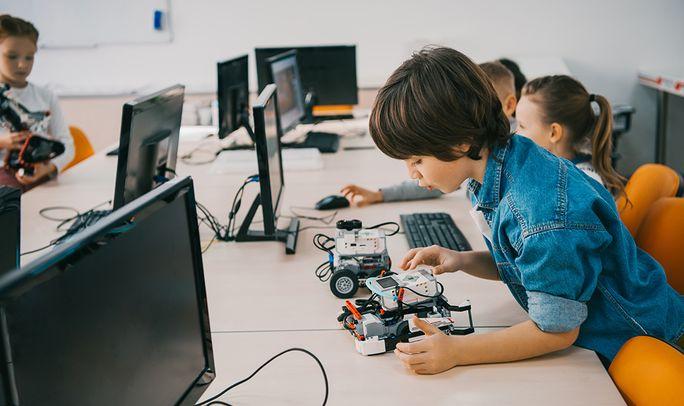 Образовательная робототехника и STEM направления очень важны в современном обучении.