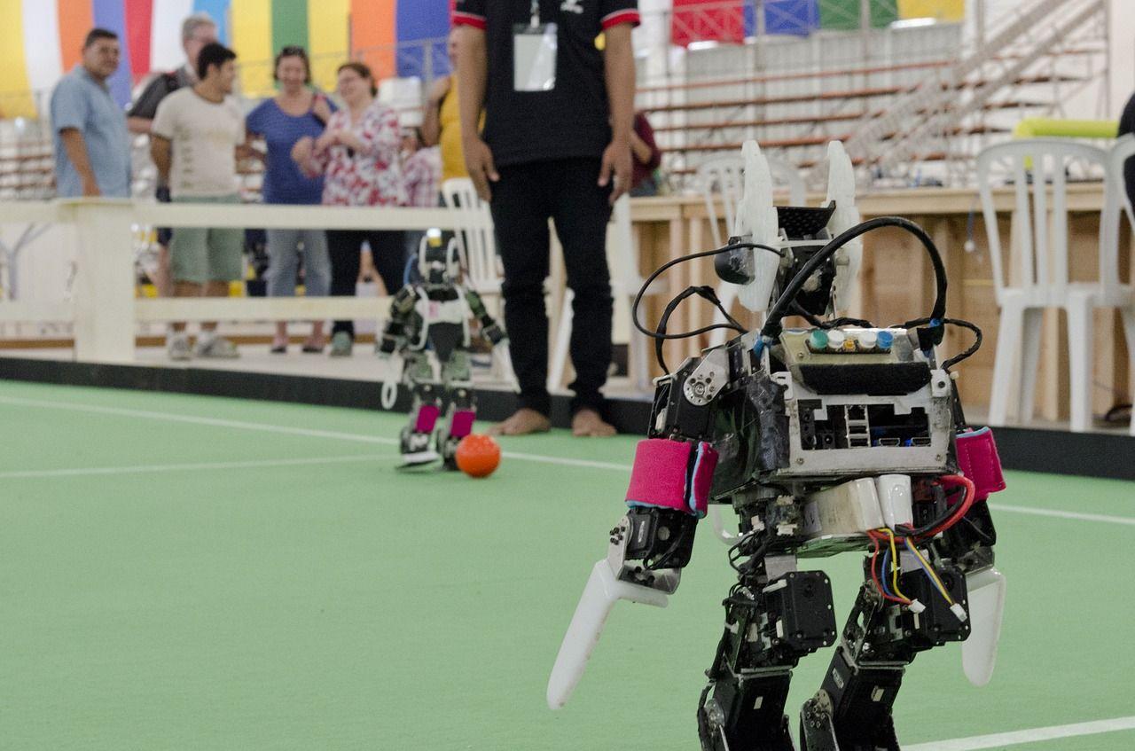 [Прелесть робототехники] Олимпиада по робототехнике: вдоль и поперек